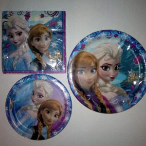 1 X Disney Frozen Anna and Elsa Disposable Plates in Two Sizes and 2 Ply Luncheon Napkins by Harvest Leaves