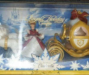 Disney Cinderella Royal Holiday Carriage and Mini doll play set - Disney Holiday Collection - 1998