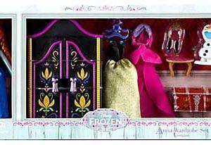 "Disney Frozen Anna Mini Doll Wardrobe Play Set 5 1/2"" Doll with Olaf"