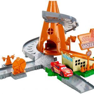 Disney Pixar Cars Radiator Springs Cozy Cone Motel Playset