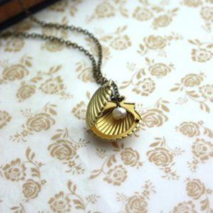 Melody's Locket. Little Mermaid Locket. Brass Shell Locket Necklace. Shell Locket, Freshwater Pearl. Vintage Beach Inspired. Shell Jewelry.